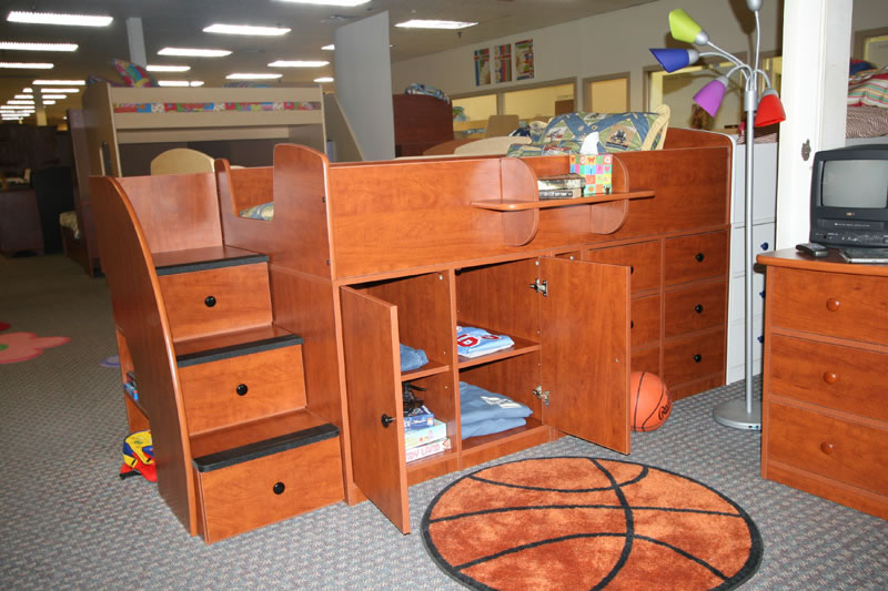 Attrayant Berg Sierra Captains Bed With Cabinet