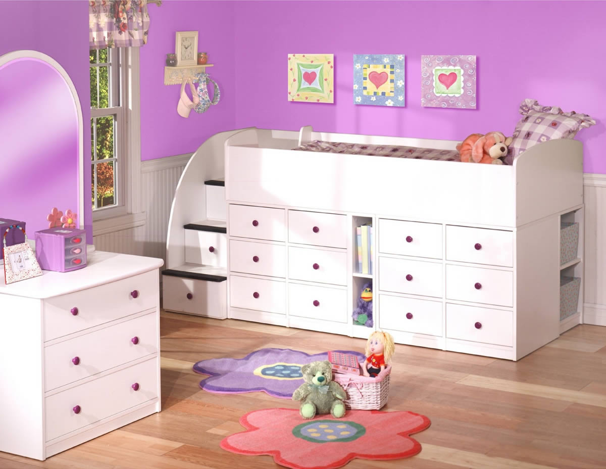 Berg Sierra Captain s Bed with 12 Drawers. Berg Furniture Sierra Collection Captain s Bed with 12 Drawer Chest