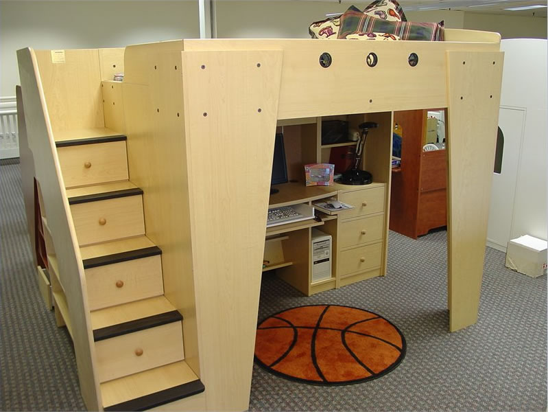 Berg Furniture Kid S Headquarters Loft Bed With Study Area