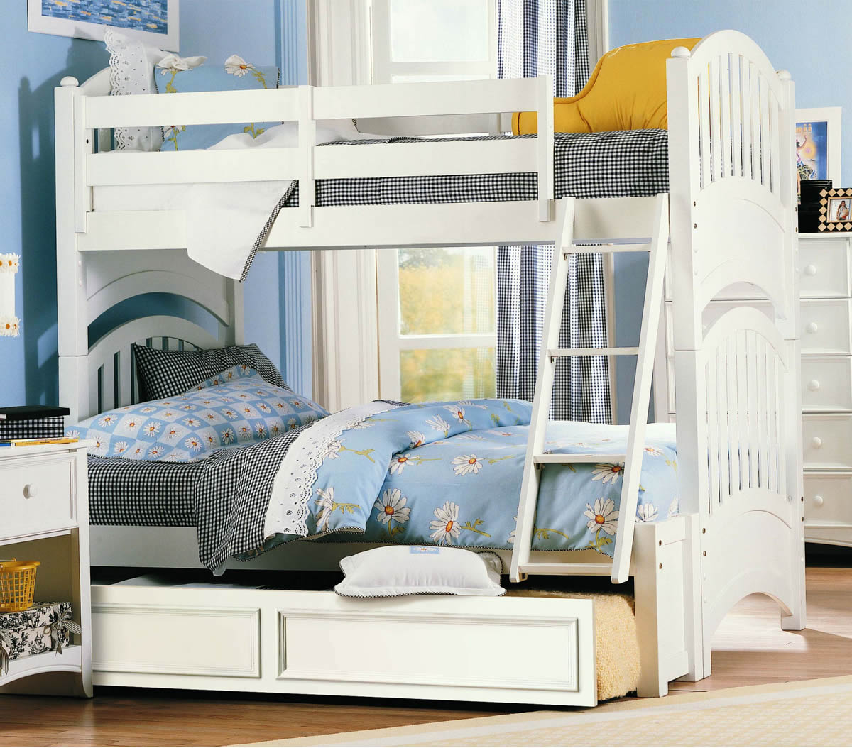 Lea Furniture Getaway Twin over Full Bunk Bed