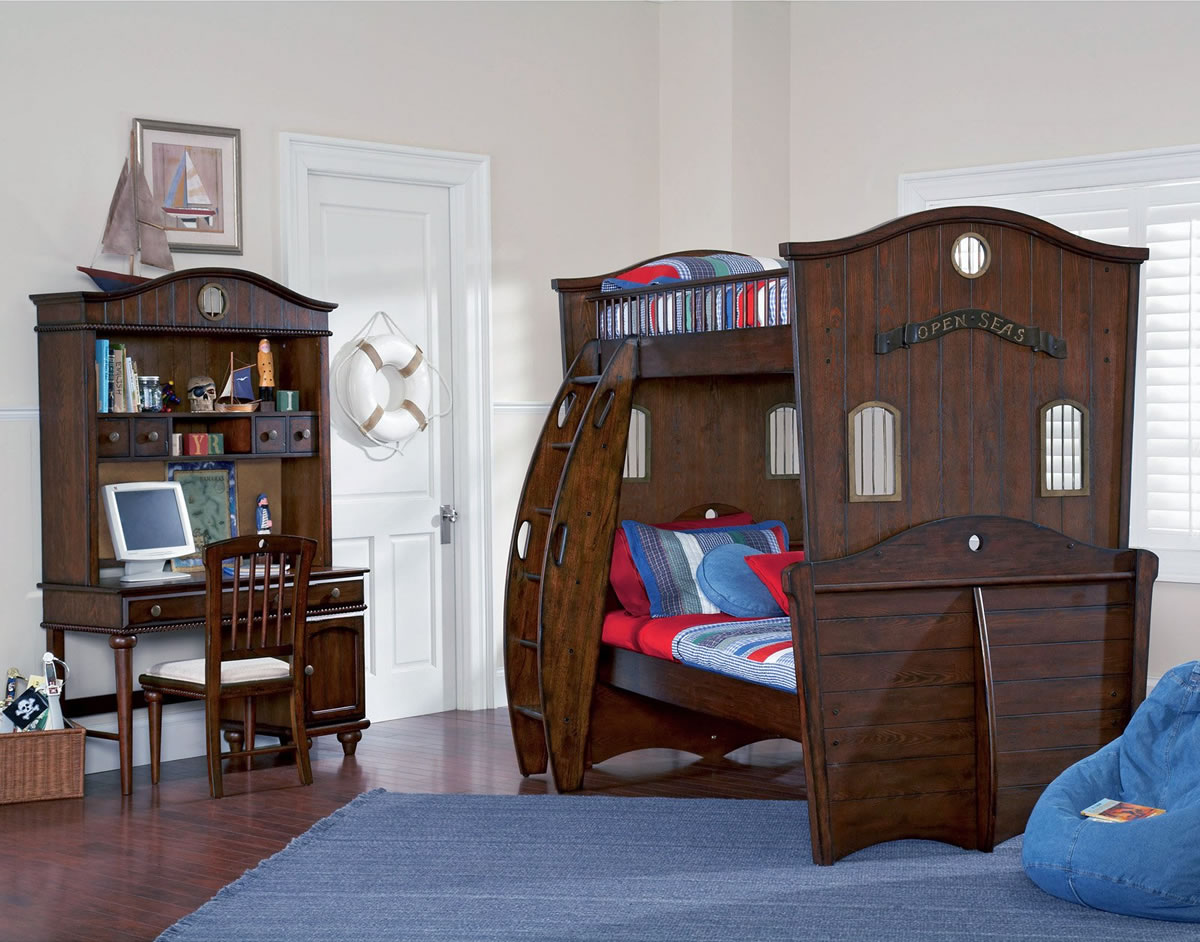 Pirate Themed Bunk Beds http://www.bunkbeds-hq.com/powell-furniture/shiver-me-timbers/